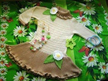 Вязаное платье для девочки  (бамбуковая пряжа), нежное, очень мягкое, шелковистое на ощупь, в мягких природных оттенках. Платье для девочки вязаное в натуральных природных оттенках. Бамбуковое волокно