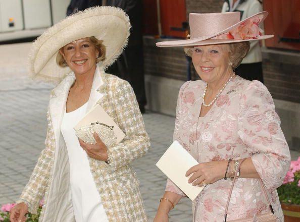 María del Carmen Cerruti Carricart, Queen Maxima's Mother, in Fabienne Delvigne and Queen Beatrix in Emmy Hill, June 10, 2004 | Royal Hats