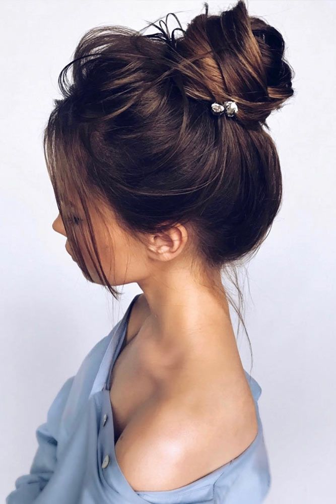 36 Easy Styling And Cute Side Bangs Lovehairstyles Com Messy Bun Hairstyles Long Hair Styles Bun Hairstyles