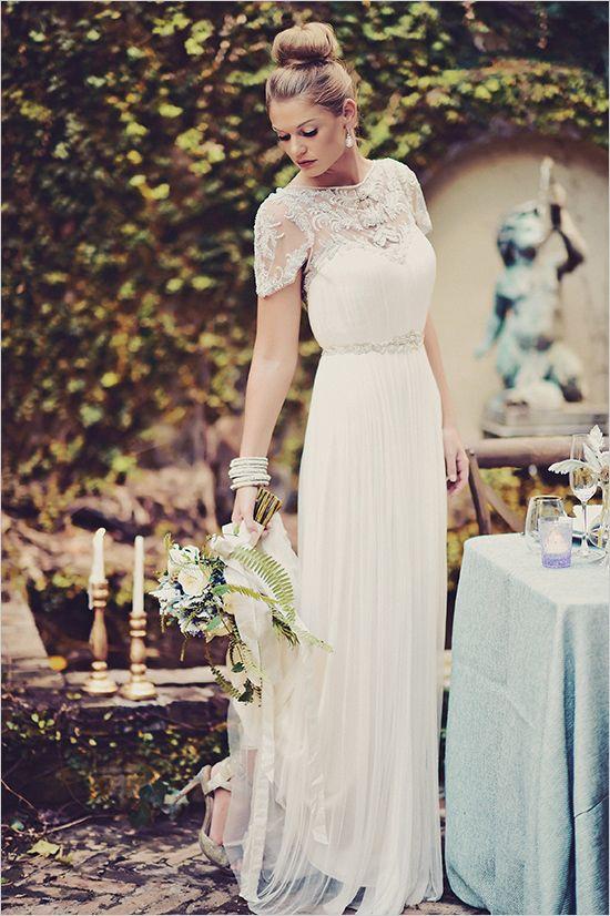 Unique Secret Garden Wedding Inspiration