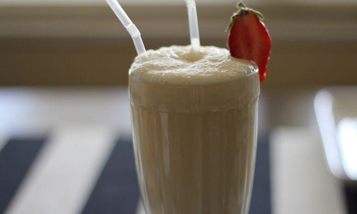 Banana smoothie - Kidspot