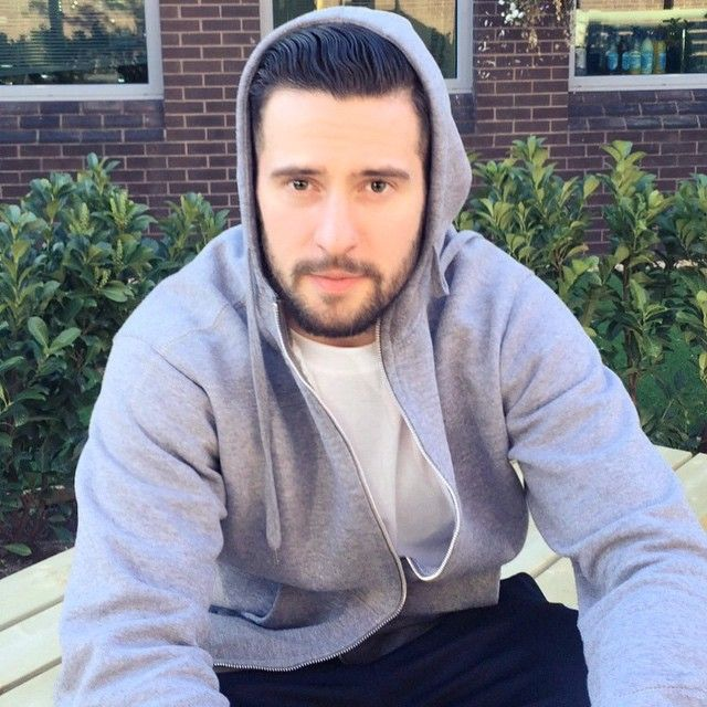 15/04/2015 - Mike Parr...brooding...in a hoodie. YOU'RE WELCOME. #SoapStud #love #fun #backstage #Emmerdale #MichaelParr itvemmerdale instagram - I may be able to talk in a minute or so but right now I cannot formulate words...