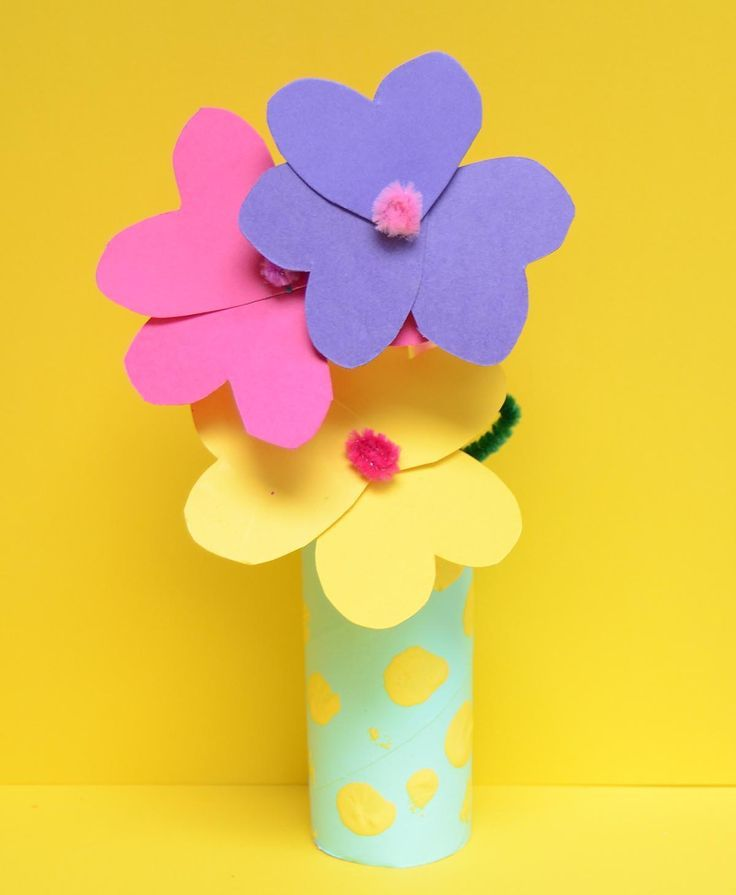 Toilet Roll Craft Paper Flowers And Vase Craft Flowers Paper Roll Toilet Vase Spring Flower Crafts Flower Crafts Cool Paper Crafts