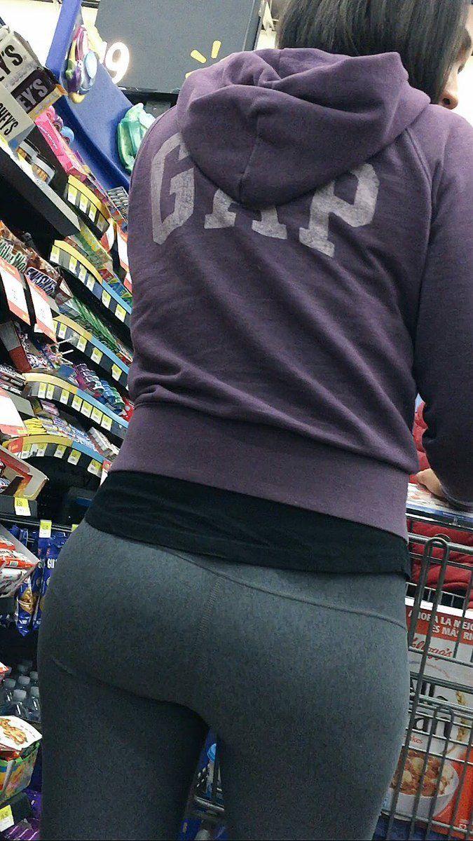 college ass photos