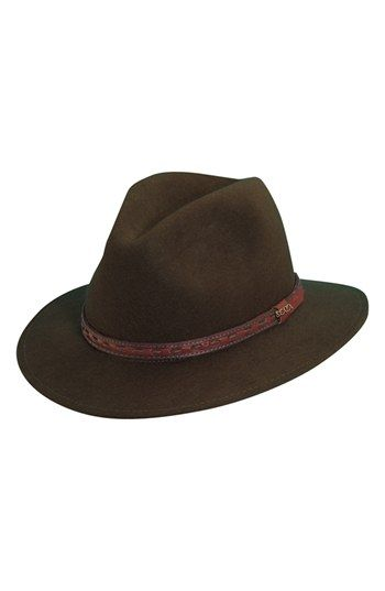 Wrangle the holiday craziness in a Scala 'Classico' crushable felt safari hat.