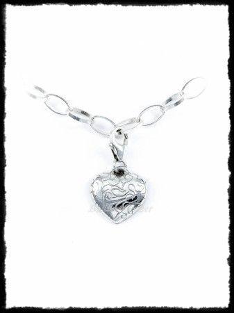 Vésett szív ezüst charm vagy arany medál