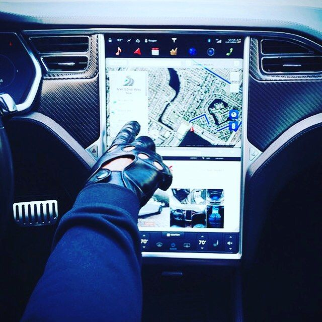 Tesla touchscreen and telematics tricks and tips for Model S and X owners to watch the videos - click the link in our bio. _____________________________  #tesla #teslas #tsla #teslamotors #teslamodels #teslamodelx #teslamodel3 #teslaroadster #teslasupercharger #P85D #teslalife #teslaowner #teslacar #teslacars #teslaenergy #powerwall #gigafactory #elonmusk #spacex #solarcity #scty #electricvehicle #electriccar #EV #evannex #teslagigafactory  Website: evannex.com by evannex_for_tesla