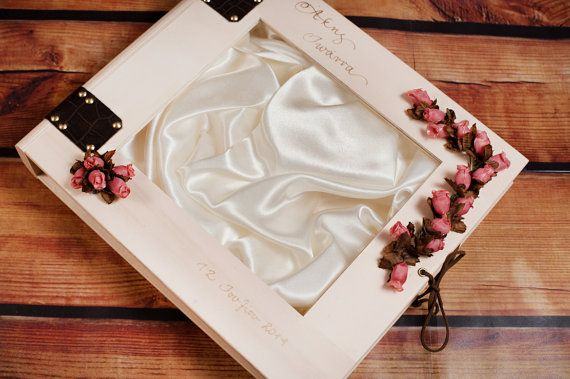 Wedding Stefana Case  Natural wood with pink roses by LenaWeddings