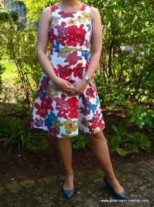 Coffee Date Dress von 'Jeder Kann Nähen', kostenloses Schnittmuster von 'The Selfish Seamstress'