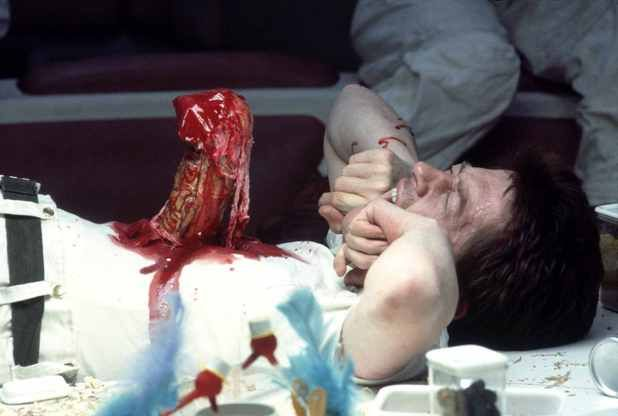Alien ***** (1979, Sigourney Weaver, John Hurt, Ian Holm ...