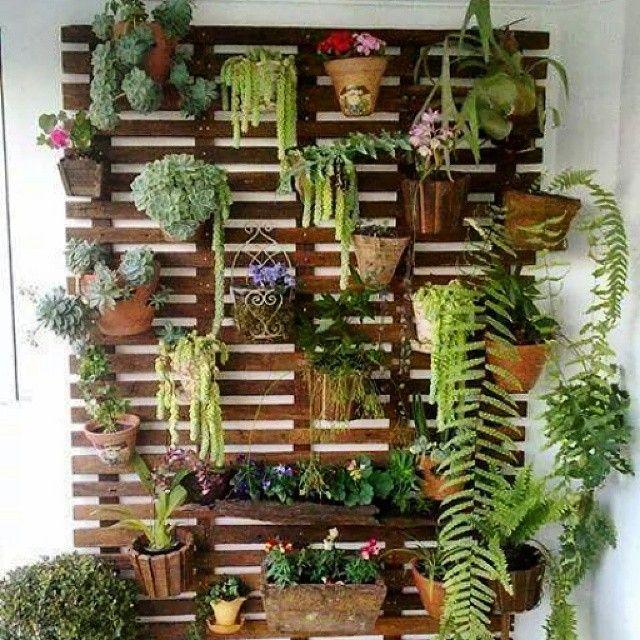 jardin vertical pour terrasses ou balcons fait de palettes - Comment Faire Un Jardin Vertical