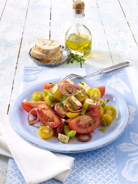 Fasten klingt nach Hunger und Verzicht. Nicht so beim Basenfasten. Sie können genussvoll essen, bringen Ihren Stoffwechsel auf Trab und werden Extra-Kilos los.