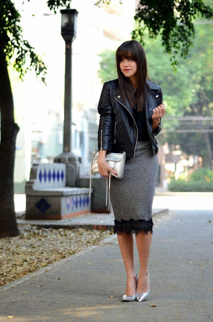 Lace pencil skirt.   MODA CAPITAL se puede agregar encaje a una falda tipo lápiz