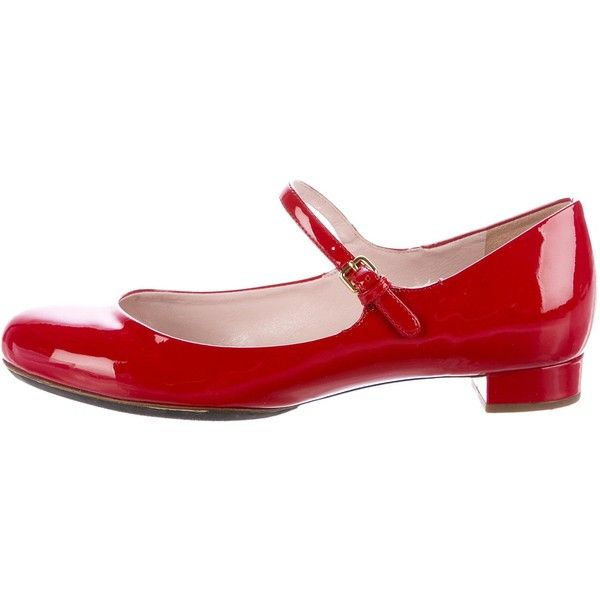 Pre-owned Miu Miu Patent Leather Mary Jane Flats ($125) ❤ liked on Polyvore featuring shoes, flats, red, red mary janes, mary jane flats, red mary jane shoes, strappy flats and mary jane shoes