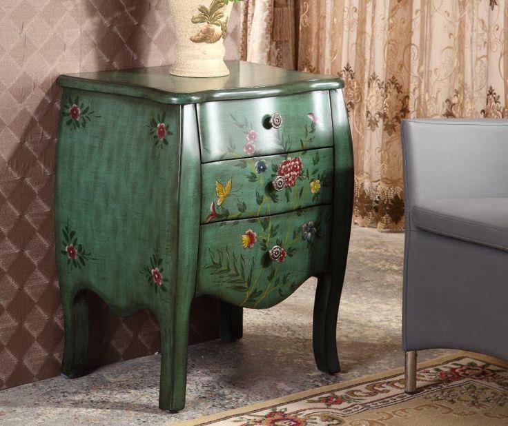 Зеленый небольшой комод на ножках с рисунками цветов из массива дерева купить в интернет-магазине https://lafred.ru/catalog/catalog/detail/Hi8LJ7zw8wj4/