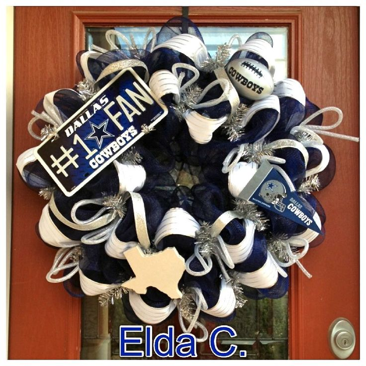 192 best dallas cowboy wreath ideas images on pinterest for Dallas cowboys arts and crafts