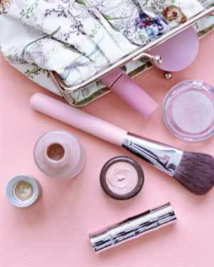 Tips for packing cosmetics and creams for a plane ride.