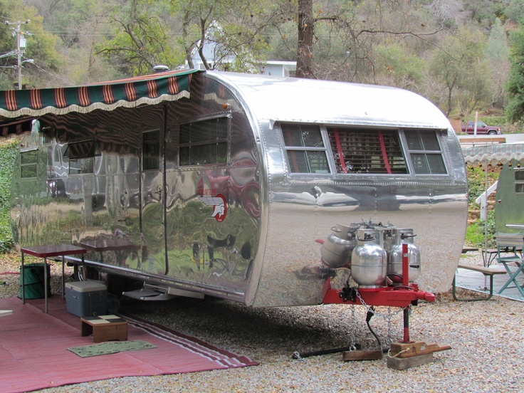 Vintage Camper Trailers - Vintage Camper Trailers  Love camping especially in this style.....