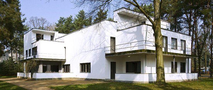 Eines der wiederhergestellten Meisterhäuser von Walter Gropius ©  R. Rossner