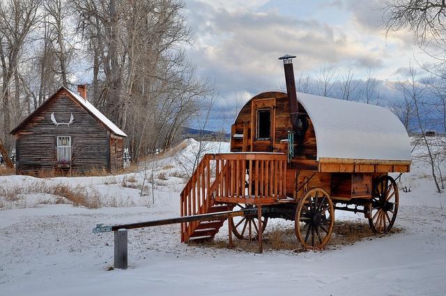 sheep wagon on pinterest gypsy wagon horse drawn and covered wagon