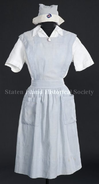 1940 WWI nurse's aid uniform.  worn by Margaret Robinson from 1940-1945 at the Staten Island St. Vincent's Hospital. (Staten Island Historical Society)