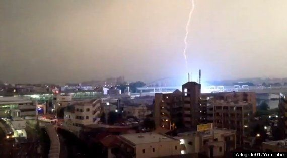 Lightning Strikes Train During Tokyo Thunderstorm (VIDEO)