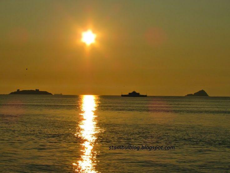 Вид на закат с Принцевых островов