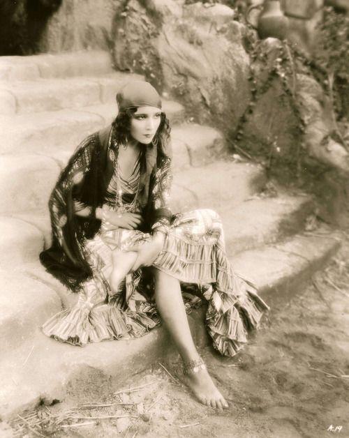 Dolores Del Rio, 1928, vintage, actress, Revenge.