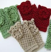 Fingerless Gloves With Flower Tutorial - via @Craftsy