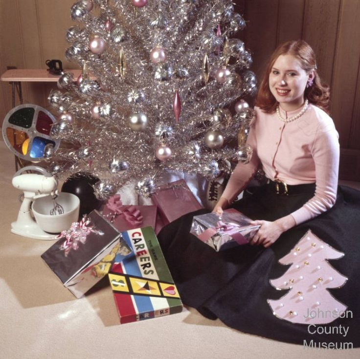 Silver Tinsel Christmas Tree With Color Wheel: 1000+ Images About Vintage Silver Christmas Trees And More