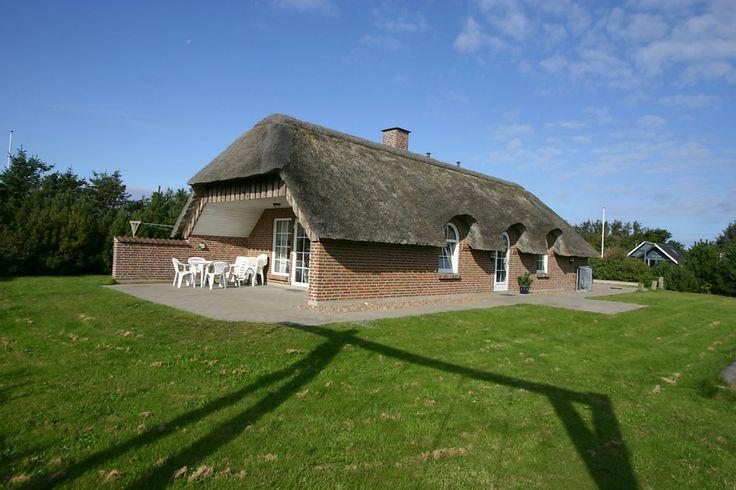 Hier noch ein #Luxusferienhaus im Last Minute Angebot: http://www.danwest.de/ferienhaus/3038/praechtiges-gut-gelegenes-luxusferienhaus Es liegt in Søndervig nach der Nordsee. Ein tolles Haus für Euren #Dänemark #Urlaub. #LastMinute