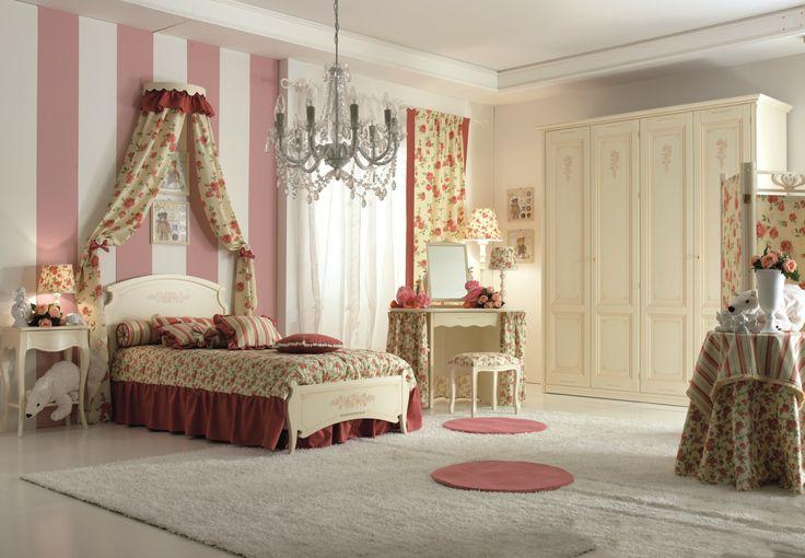 per le bimbe romantiche camera da letto con tessuti floreali