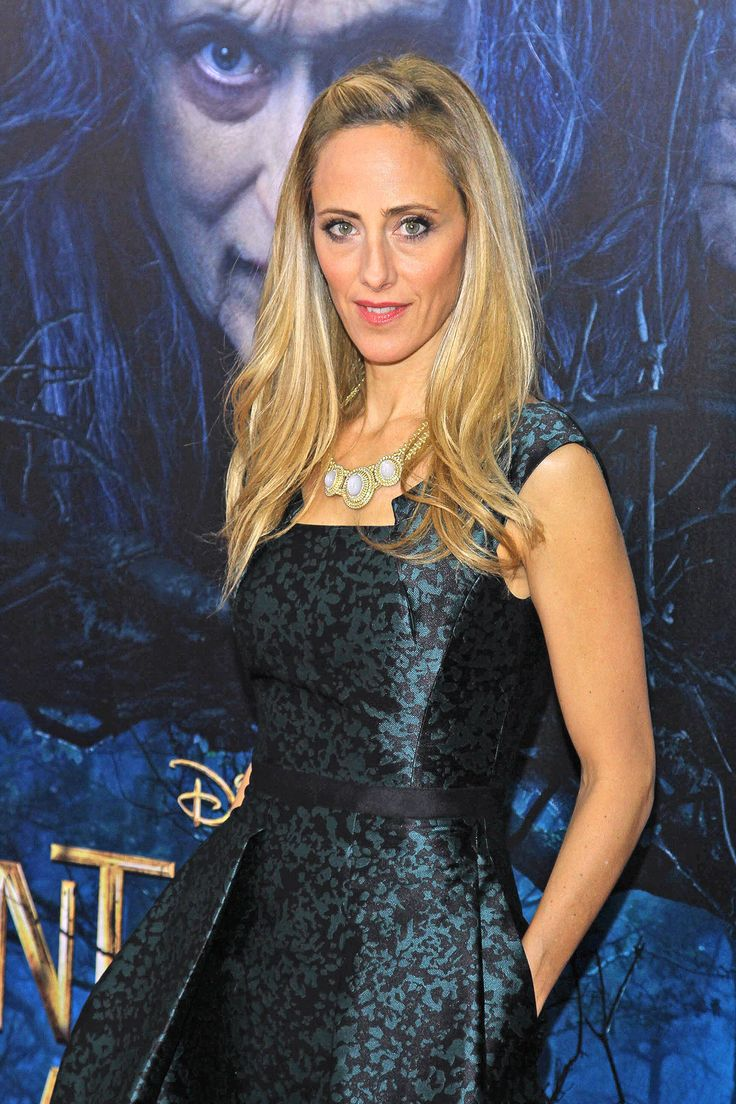 Kim Raver is returning to Fox to guest-star on Bones, EW has learned.