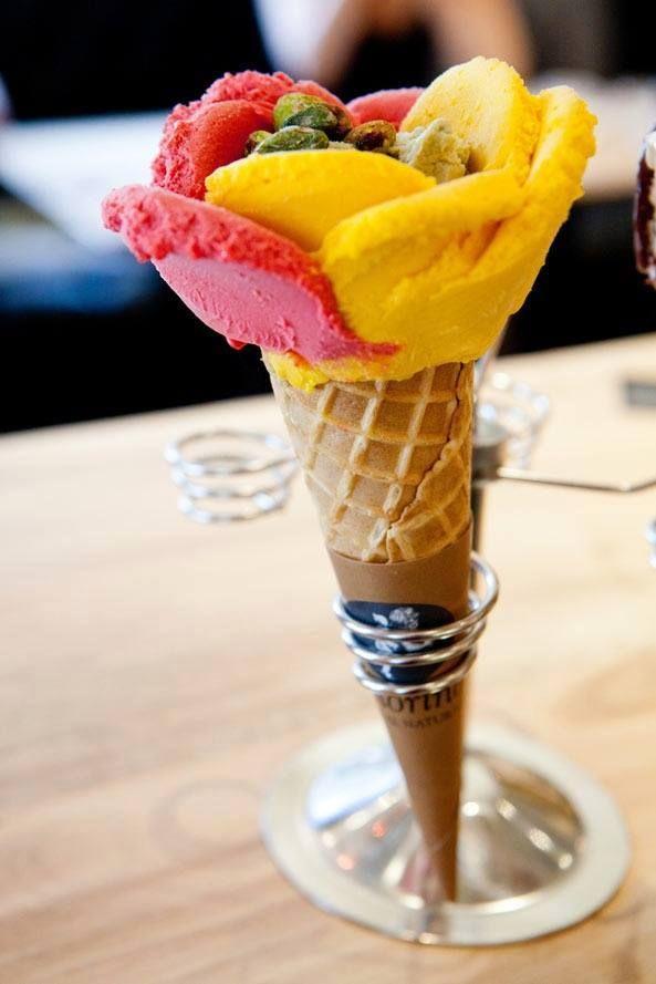flower or an ice cream? #amazing #icecream #rose #flower #foodart