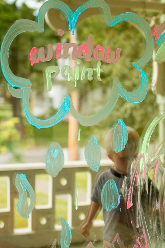 Una semplice finestra di vernice ricetta casalinga per essere creativi!