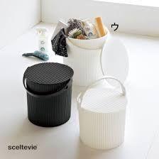 Hachimans japanske spande - Lækre japanske Omnioutil plastspande fra Hachiman.  Brug dem fx til opbevaring af legetøj, tøj og madvarer.  Tåler op til 150 kg, er fødevaregodkendt og tåler at stå udenfor (ned til -20 °)  Findes i 3 størrelser : S, M og L  Findes i 4 farver : Hvid, sort, lyseblå og lyserød.