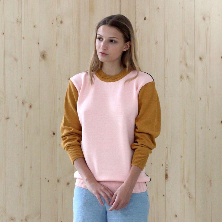 sweater BASIC rose-navy-gold