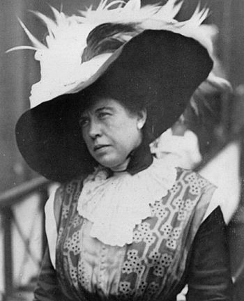 The 'Unsinkable' Molly Brown - She survived the #Titanic in lifeboat number 6 and earned her nickname because she took control of the boat, kept the women rowing for seven hours and gave her furs to keep others warm.