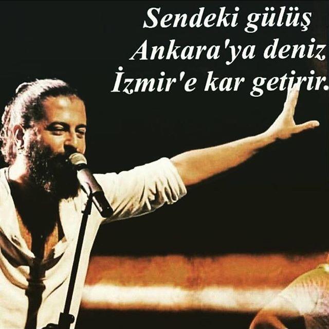 Sendeki gülüş Ankara'ya deniz İzmir'e kar getirir.   #sözler #anlamlısözler #güzelsözler #manalısözler #özlüsözler #alıntı #alıntılar #alıntıdır #alıntısözler #korayavcı #sesigülenadam
