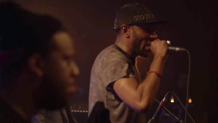 Robert Glasper Experiment + Mos Def - Stakes is High (Live) - YouTube