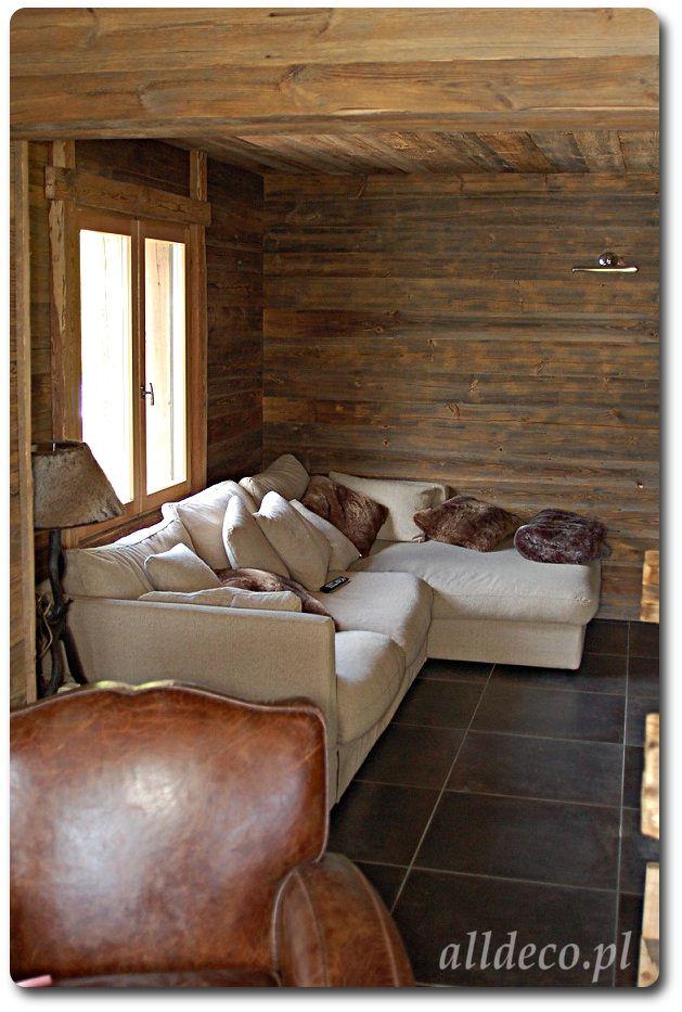 Salon w starym drewnie/ Salon en vieux bois