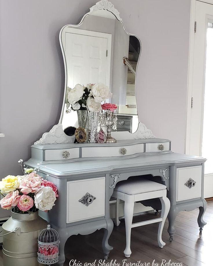 painted vintage vanity - 736×920