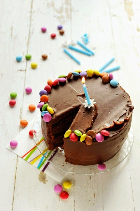 Celebration cake totalement chocolat et Smartie's !