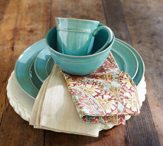 Cambria Dinnerware - Turquoise Blue   Pottery Barn... love the plate color with these napkins!