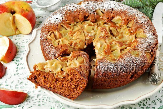 Фото Коврижка с яблоками