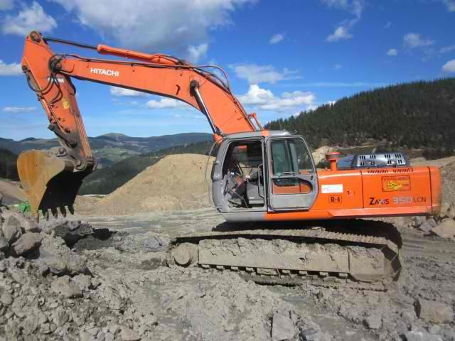Good price Excavator Hitachi ZX 350 LCN Second Hand. Manufacture year: 2005. Working hours: 10000. Excellent running condition. Ask us for price. Reference Number: AC3647. Baurent Romania.