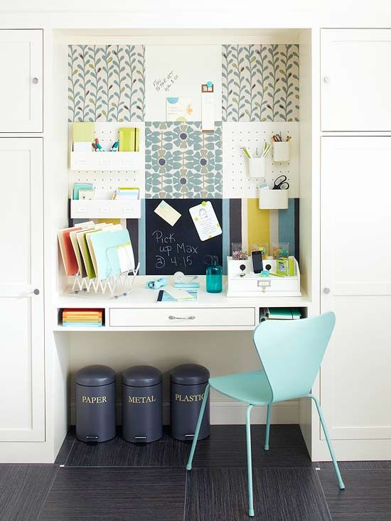 In the Home Office Communication Haven A message center at the heart of the home is a quick and easy way to sync everyone's busy schedules. This station was made from a patchwork of magnet, dry-erase, cork, and pegboard squares on the wall behind the built-in desktop. Repined by Yourfavorite Organizer on FB www.neatandsimpleorganization.net