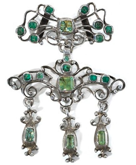 18th Century Emerald and Paste Slide Pendant.