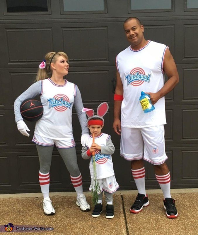 59 Family Halloween Costumes That Are Clever, Cool And Extra Cute - mens homemade halloween costume ideas