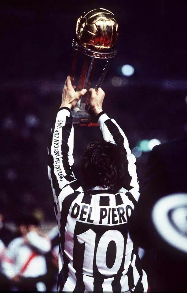 26 november 1996. Juventus win intercontinental cup. Alessandro del piero